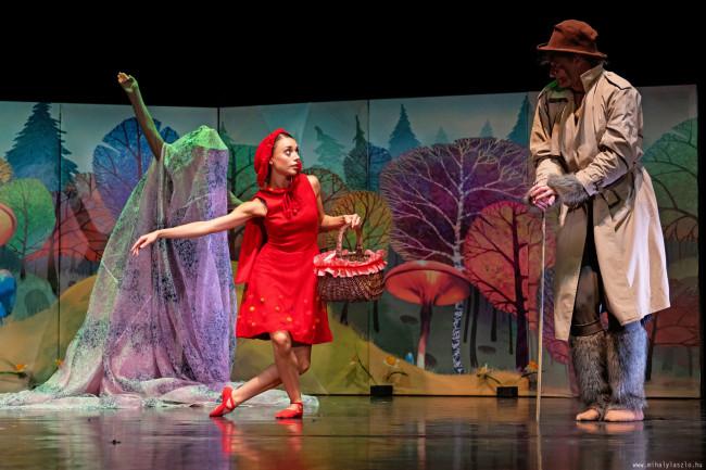 Nézd a Pécsi Balettet minden szombatON