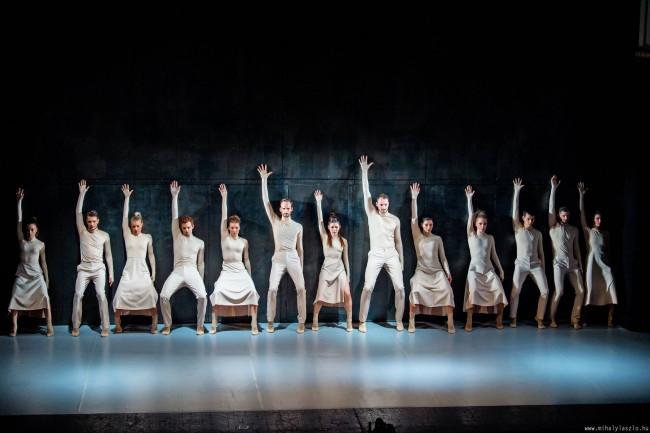 Pécsi Balett szombatON 10.